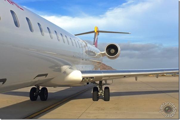 EC-MJQ Air Nostrum Canadair CL-600-2E25 Regional Jet CRJ-1000EC-MJQ Air Nostrum Canadair CL-600-2E25 Regional Jet CRJ-1000
